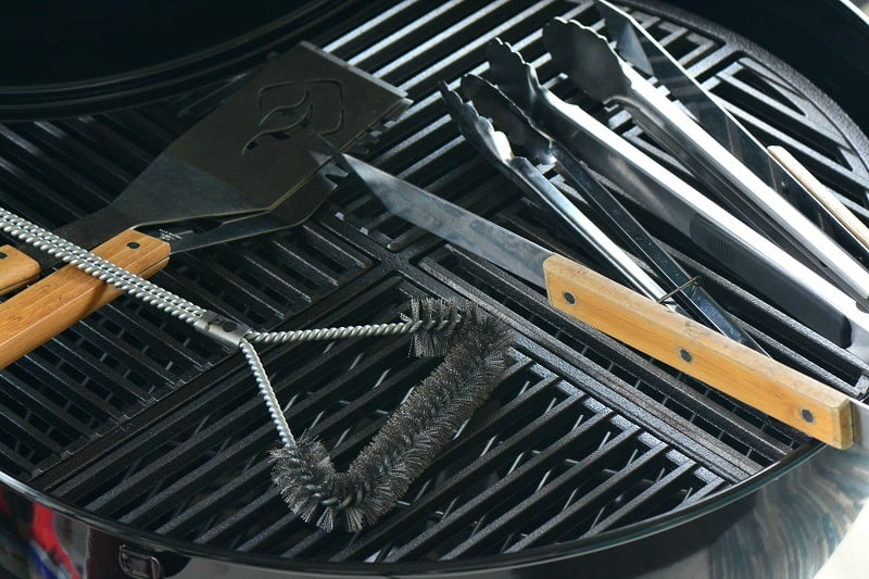 long handle grill tools