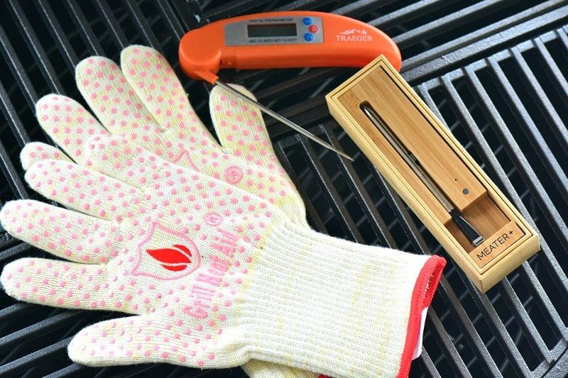 heat resistant gloves and thermometers