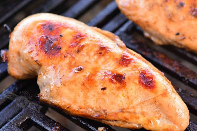 cooked chicken on the grill